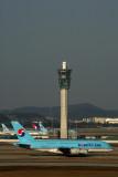KOREAN AIR AIRBUS A380 ICN RF 5K5A0159.jpg