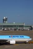 KOREAN AIR BOEING 777 200 ICN RF 5K5A0447.jpg