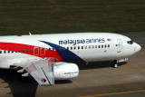MALAYSIA AIRLINES BOEING 737 800 SGN RF IMG_0114.jpg