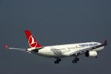 TURKISH AIRLINES AIRBUS A330 300 BKK RF 5K5A5405.jpg