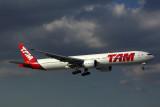 TAM BOEING 777 300ER MIA RF 5K5A8570.jpg