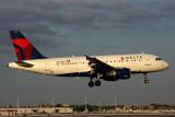 DELTA AIRBUS A319 MIA RF 5K5A8988.jpg