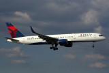 DELTA BOEING 757 200 MIA RF 5K5A8553.jpg