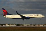 DELTA BOEING 737 900 MIA RF 5K5A8958.jpg