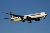 SINGAPORE AIRLINES BOEING 777 300ER MEL RF 5K5A9291.jpg