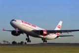 CANADA 3000 AIRBUS A330 200 BNE RF 1490 8.jpg