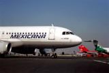 MEXICANA AIRBUS A320 LAX RF 1264 4.jpg
