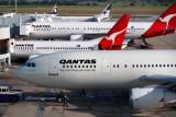 QANTAS AUSTRALIAN AIRCRAFT MEL RF 747 19.jpg