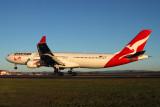 QANTAS AIRBUS A330 300 BNE RF IMG_8045.jpg