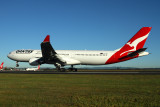 QANTAS AIRBUS A330 300 BNE RF IMG_8070.jpg