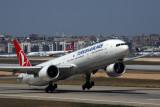 TURKISH AIRLINES BOEING 777 300ER IST RF 5K5A3069.jpg
