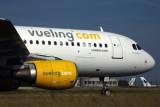 VUELING COM AIRBUS A320 CDG RF 5K5A2629.jpg