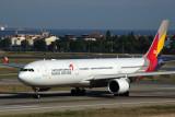 ASIANA AIRBUS A330 300 IST RF 5K5A3230.jpg