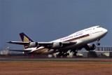 SINGAPORE AIRLINES BOEING 747 300 BNE RF 831 14.jpg