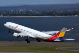 ASIANA AIRLINES AIRBUS A330 300 SYD RF 5K5A0094.jpg