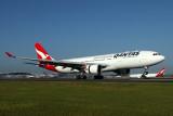 QANTAS AIRBUS A330 200 BNE RF IMG_9860.jpg