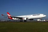 QANTAS AIRBUS A330 300 BNE RF IMG_9847.jpg