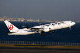 JAPAN AIRLINES BOEING 767 300 HND RF 5K5A1036.jpg