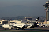 AIR NEW ZEALAND BOEING 777 300ER LAX RF 5K5A3316.jpg
