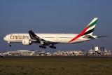EMIRATES BOEING 777 300ER LIS RF 5K5A8625.jpg