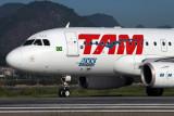 TAM AIRBUS A319 SDU RF IMG_0722.jpg