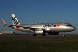 JETSTAR AIRBUS A320 BNE RF IMG_1274.jpg