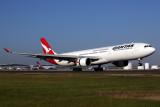 QANTAS AIRBUS A330 300 BNE RF 5K5A2690.jpg