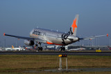 JETSTAR AIRBUS A320 BNE RF 5K5A2660.jpg
