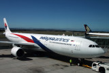 MALAYSIA AIRLINES AIRBUS A330 300 ADL RF IMG_2308.jpg