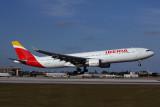 IBERIA AIRBUS A330 300 MIA RF 5K5A6187.jpg
