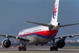 MALAYSIA AIRBUS A330 300 BKK RF 1610 35