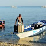 Diving equipment, Bounty Beach   DSC_8585.JPG