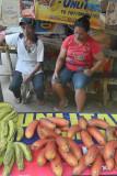 Vendor, Katibawasan Falls    DSC_8859.JPG