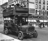 1896 - 5th Avenue bus