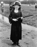 1922 - Sharpshooter Annie Oakley