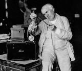 1910 - Thomas Edison