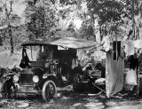 1915 - Model T car camp