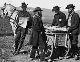1863 - Newspaper vendor with Union soldiers