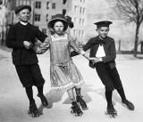 1910 - Roller skating