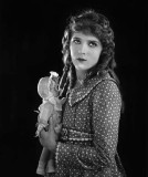 1917 - Mary Pickford in Poor Little Rich Girl