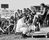 1922 - Pedicure on the beach