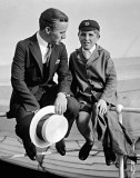 September 1921 - Charlie Chaplin chatting with fellow passenger