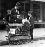 May 21, 1910 - Peanut vendor