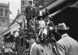1912 - Delegates from California arriving in stagecoach