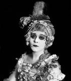 1917 - Theda Bara as Madame du Barry