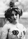 1900 - Anna Held