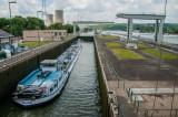 Maasschleuse und Kernkraftwerk Thilange