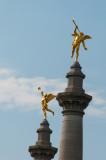 Zwei Engel auf Maas-Brücke Liege