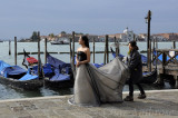 Venice Bride Getting ready for a Photo Shoot