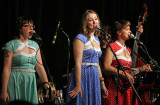 2013_11_29 The Carolines - Chloe Albert, Lesley Pelletier, Katie Perman